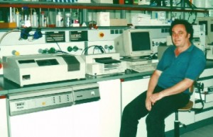 Pio Aguirre en el laboratorio de la Universidad Técnica de Munich, Alemania